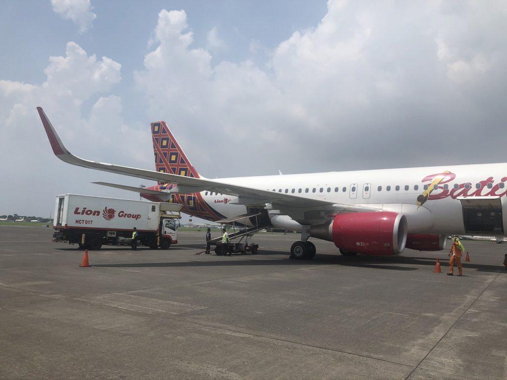 インドネシアの飛行機】バティックエアは意外に快適だった | Indonesia ...