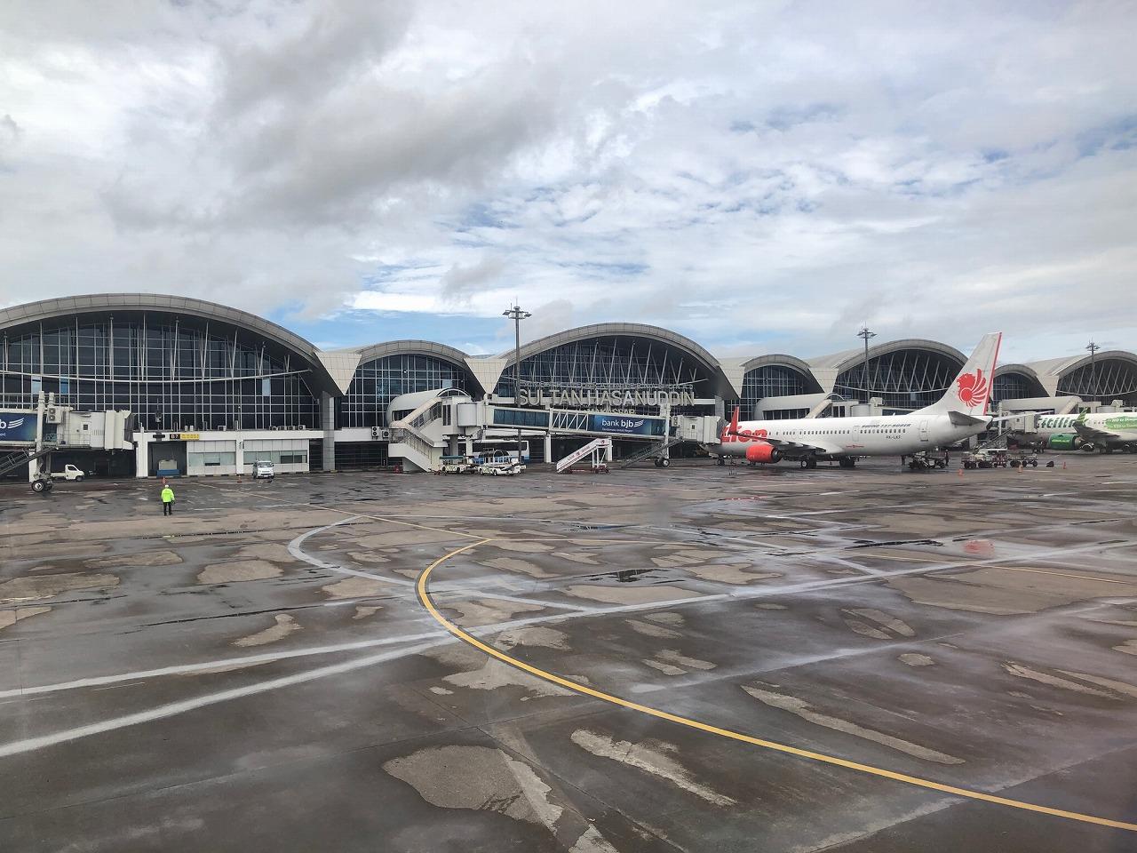マカッサル空港全景